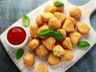 Рецепта Хрупкави панирани сиренца и кашкавалчета в яйца и галета